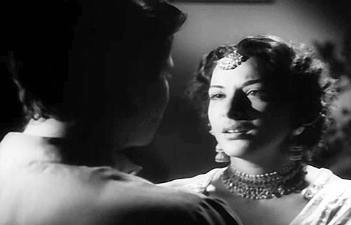 Raj Kapoor and Nargis in Aag