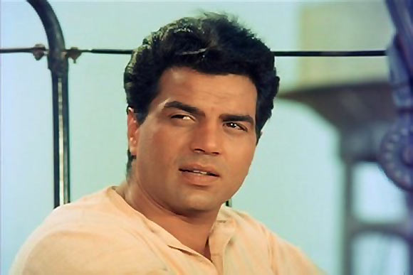 Readers Pick Top 10 Bollywood Actors Of All Time -1987