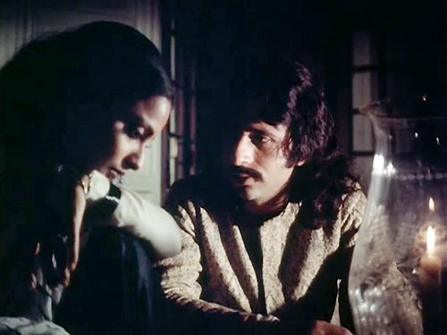 Naseeruddin Shah and Rekha in Umrao Jaan