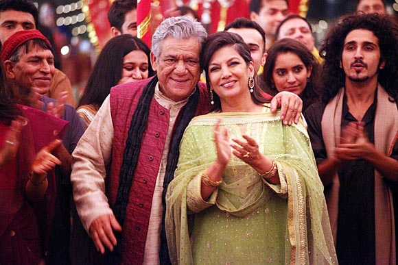 Om Puri and Shabana Azmi in The Reluctant Fundamentalist