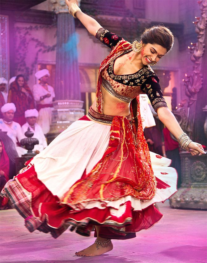 Deepika, Sunny Leone, Ash: Bollywood's ghagra girls ...