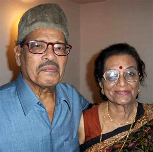 Manna Dey with his wife Sulochana