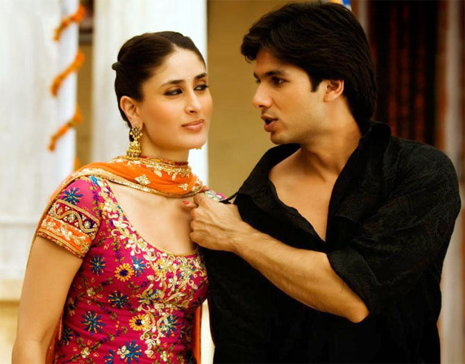 Kareena Kapoor and Shahid Kapoor in Jab We Met