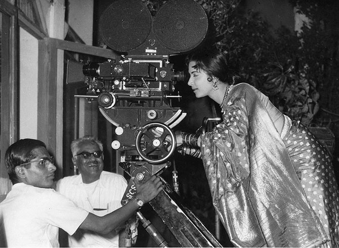 Waheeda Rehman on the sets of Guide, 1964