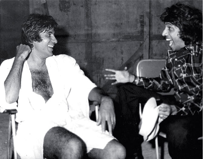 Amitabh Bachchan and Chandra Barot -- this is the scene where the actor is in the sauna bath