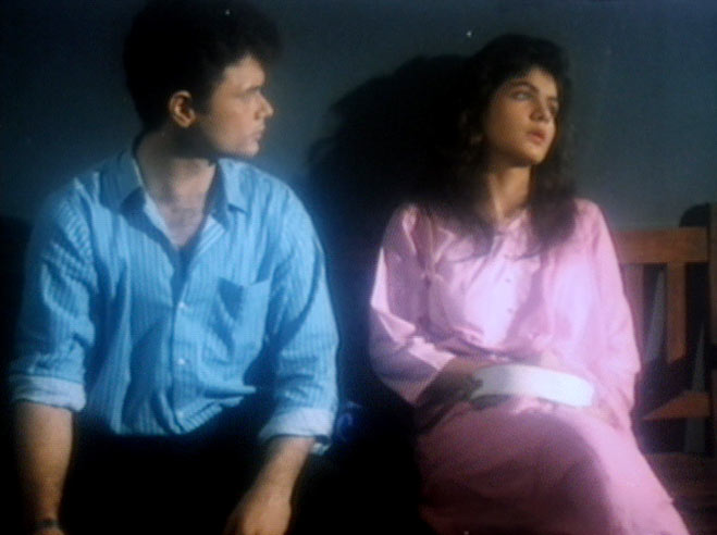 Raj Zutshi and Pooja Bhatt in Daddy