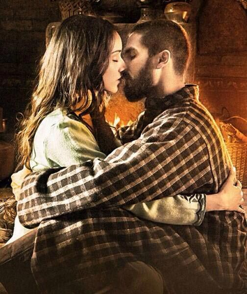 Shraddha Kapoor and Shahid Kapoor in Haider