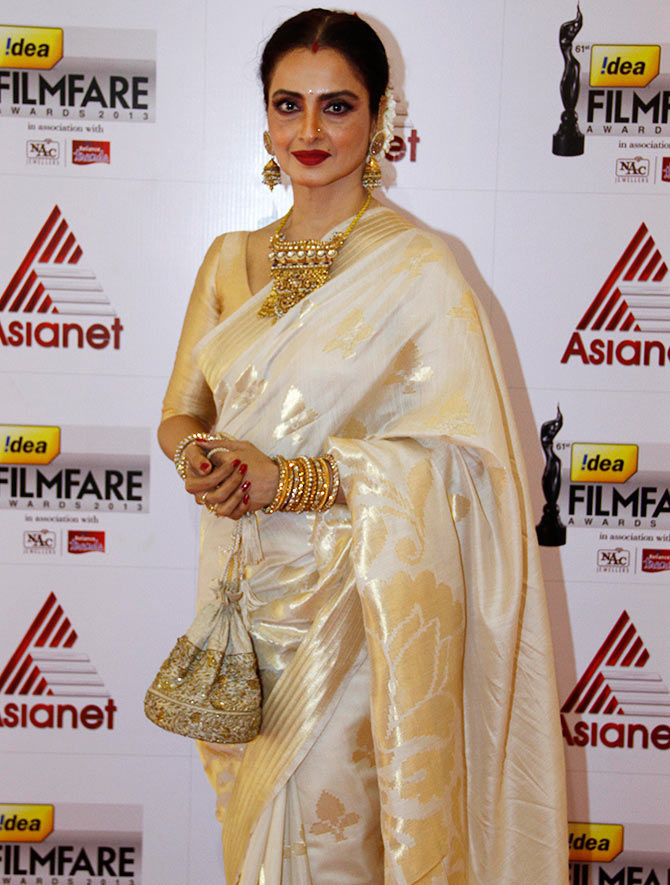 Rekha at the Filmfare awards