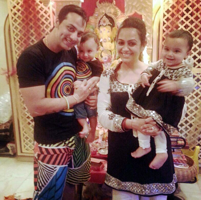 Shailesh Gulbani and Ashita Dhawan with children Arhmaan and Amaira