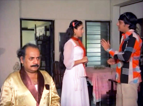 Utpal Dutt, Bindiya Goswami and Amol Palekar in Golmaal