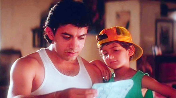 Aamir Khan and Adil Rizvi in Akele Hum Akele Tum