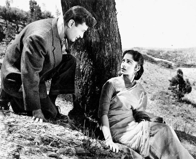 Dev Anand and Waheeda Rehman in Kala Bazar