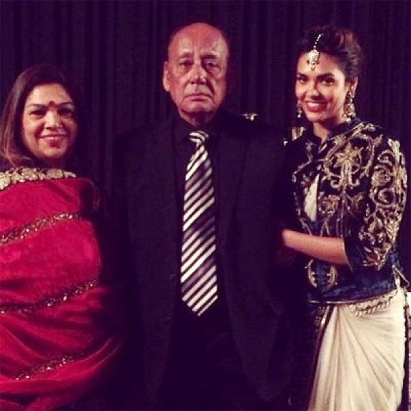 Esha Gupta with her parents