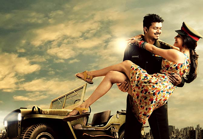 Vijay and Kajal Aggarwal in Thuppakki