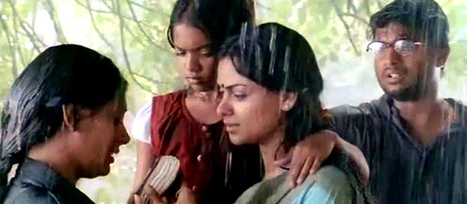 A scene from Kannathil Muthamittal