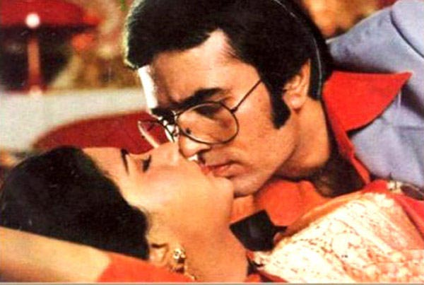 Rajesh Khanna and Poonam Dhillon in Red Rose