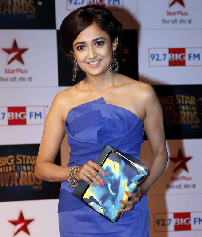 Monali Thakur at Big Awards