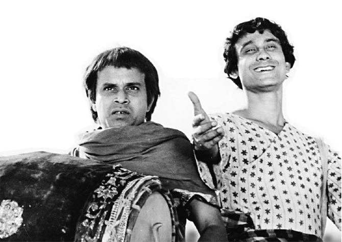 Tapen Chatterjee and Rabi Ghosh in Goopy Gyne Bagha Byne