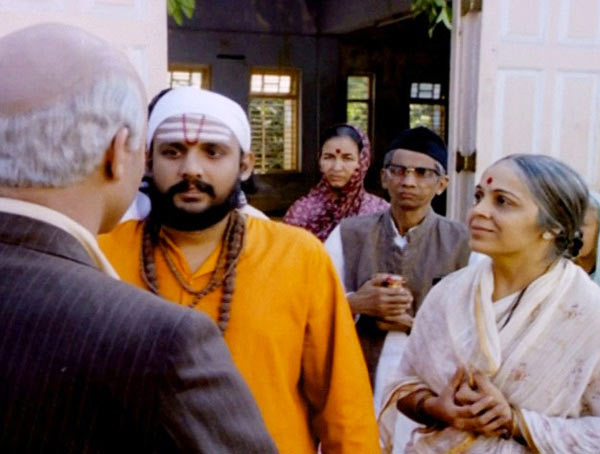 Alok Nath and Rohini Hattangadi in Saaransh
