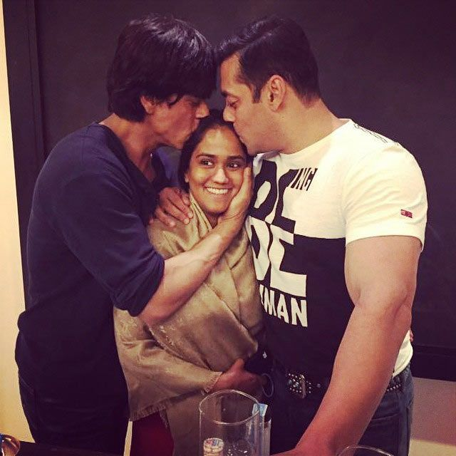 Shah Rukh Khan, Arpita and Salman Khan