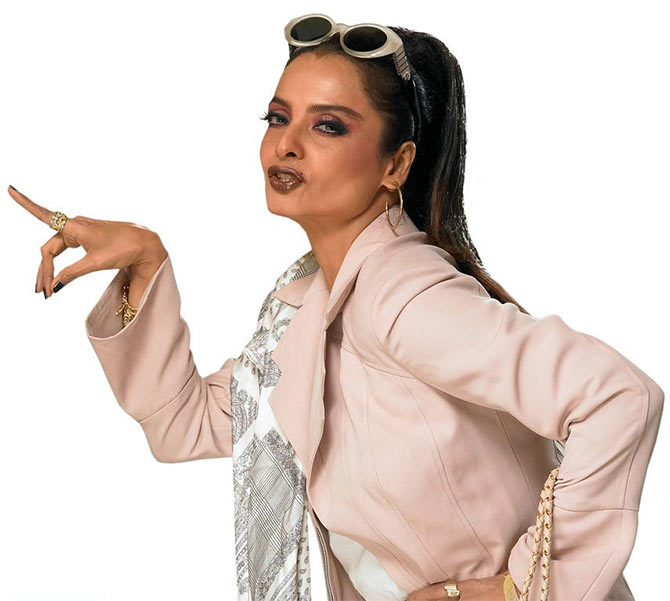 Birthday Special Bollywoods Queen Of Glamour, Rekha -4863