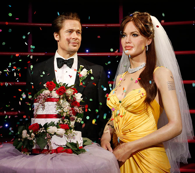 Brad Pitt And Angelina Jolie Wedding Pictures: Inside The Brad Pitt-Angelina Jolie Wedding