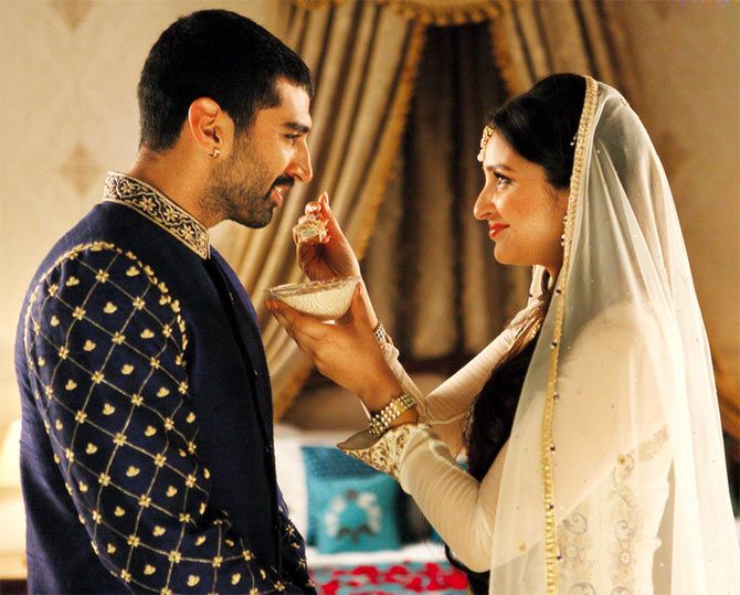 Aditya Roy Kapur and Parineeti Chopra in Daawat-e-Ishq