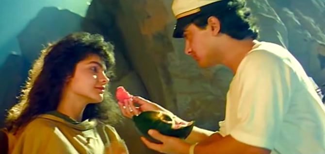 Pooja Bhatt and Aamir Khan in Dil Hai Ki Manta Nahi