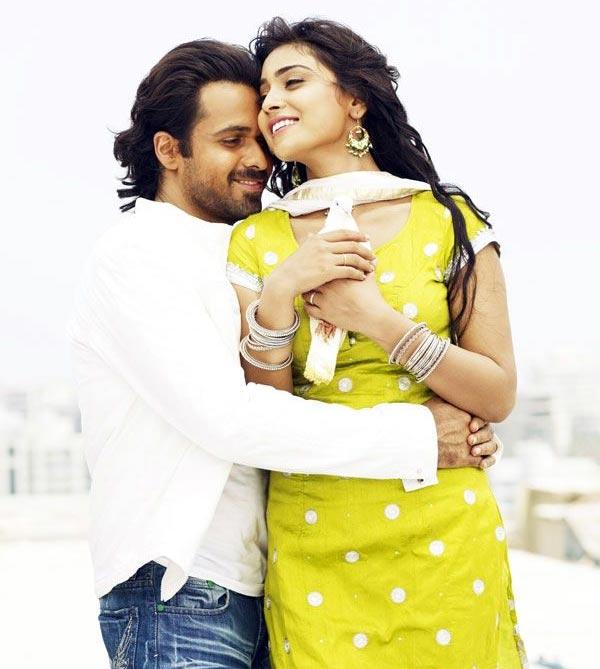 Aashiq banaya aapne emraan hashmi sexy music - 1 2