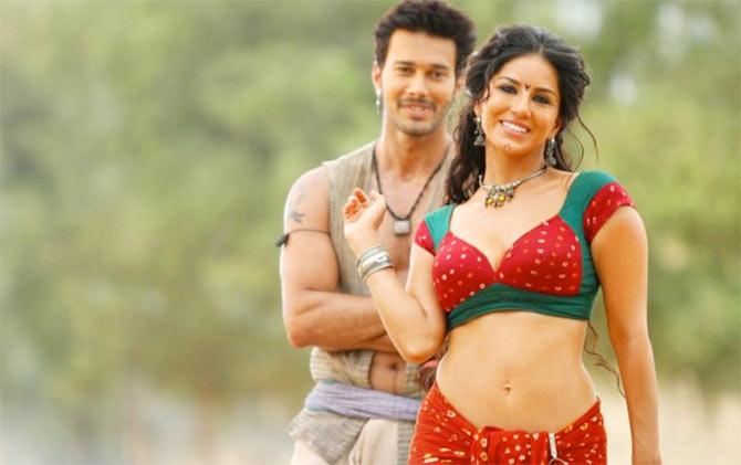 Ek Paheli Leela Cast