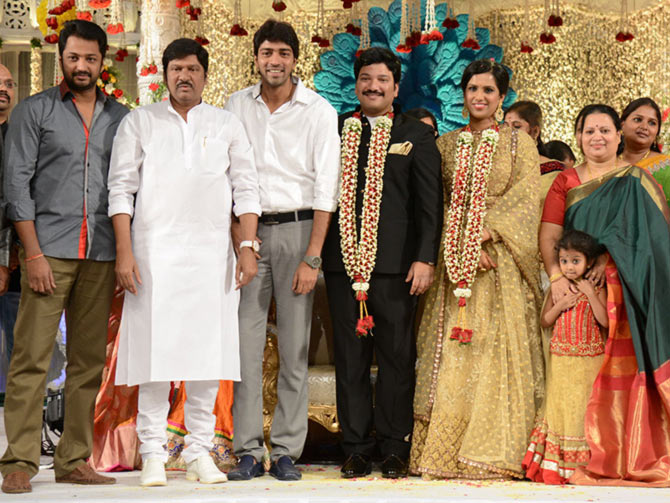 PIX: Chiranjeevi, Samantha at Rajendra Prasad's son wedding - Rediff