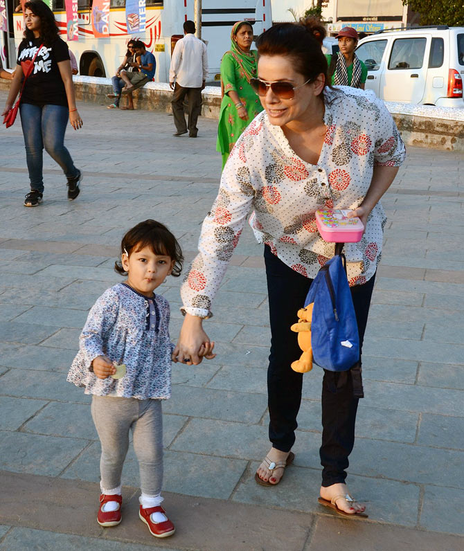 SPOTTED: Neelam and her ADORABLE daughter Ahana - Rediff ...