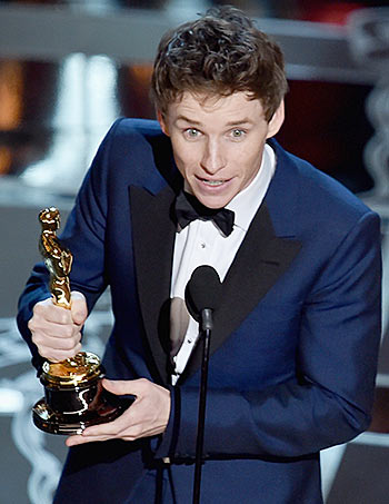 Eddie Redmayne wins Best Actor