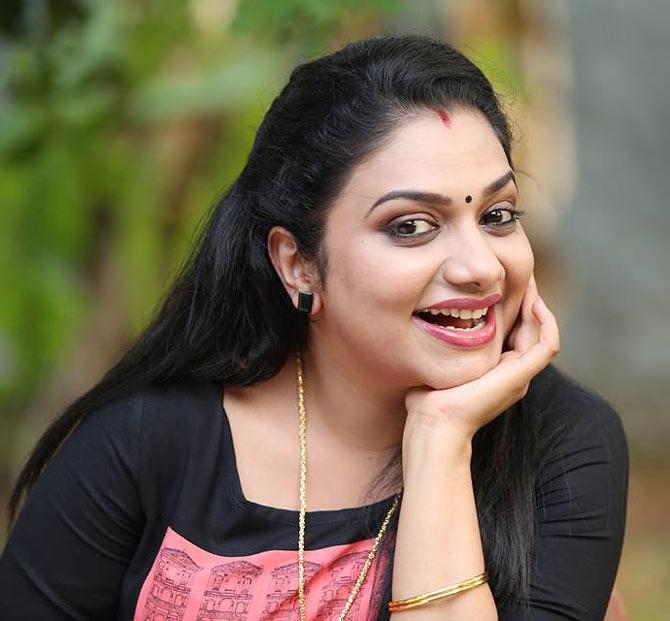 Amrutha Suresh denies divorce rumours - Rediff com movies
