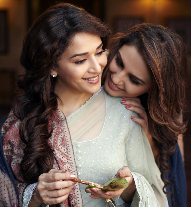 Madhuri Dixit and Huma Qureshi in Dedh Ishqiya