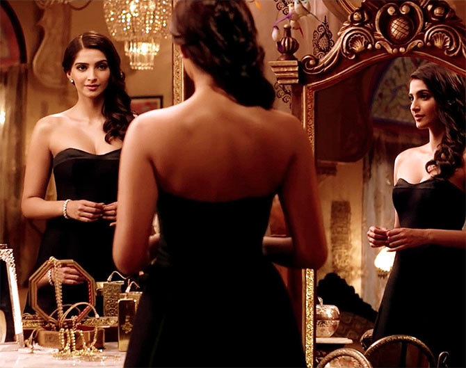 Jacqueline, Katrina, Sunny: Who has the SEXIEST back? VOTE