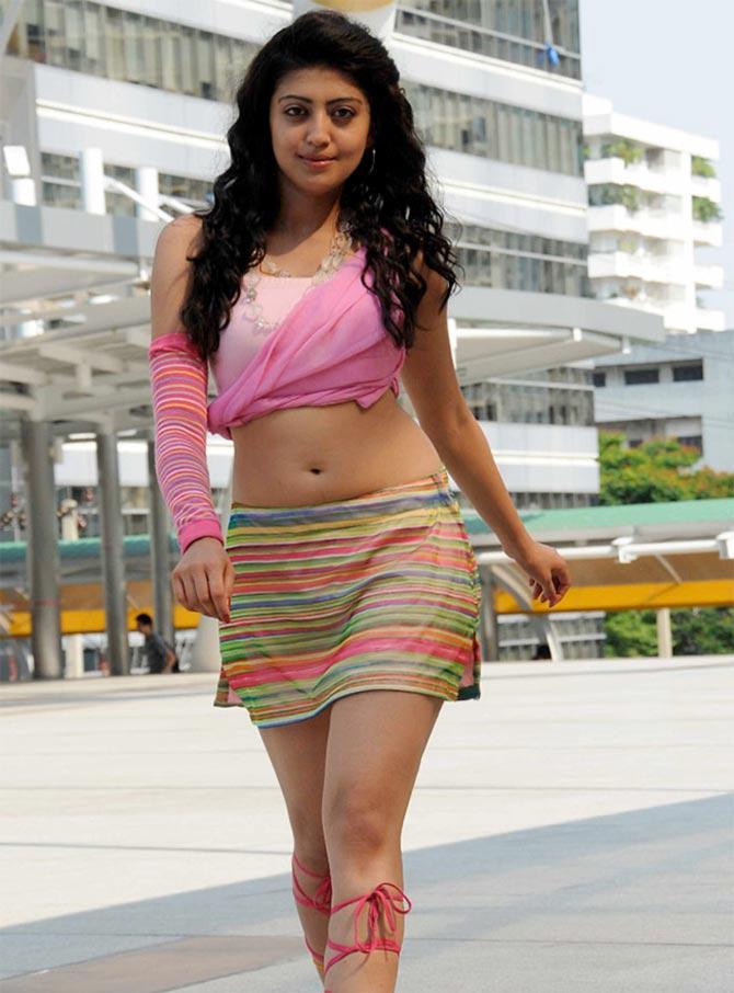 hot-teen-heroin-in-malayalam-beauties-moms-naked