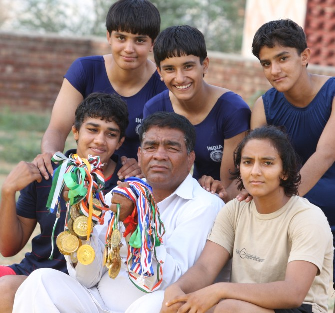 Rediff Sports - Cricket, Indian hockey, Tennis, Football, Chess, Golf - Dangal's real-life hanikarak bapu: Mahavir Singh Phogat