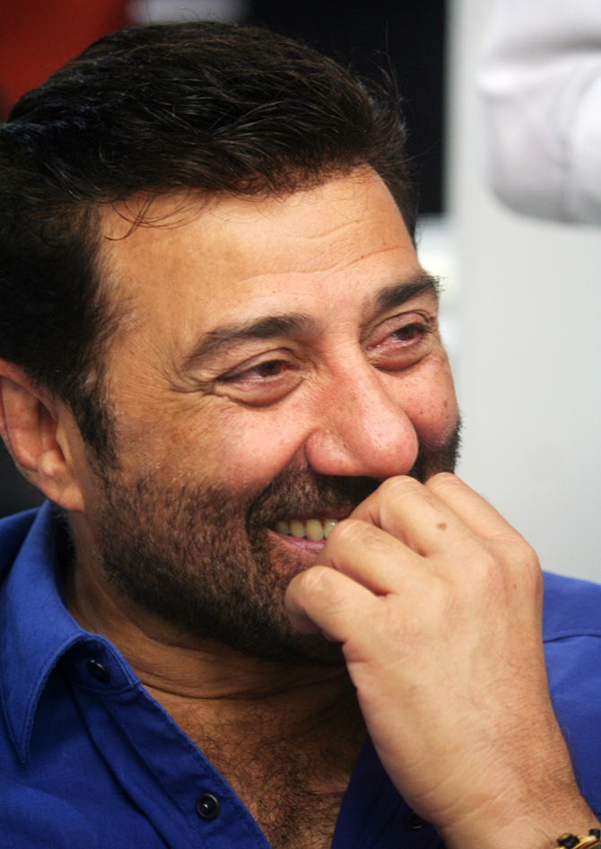 Want Romance tips from Sunny Deol?