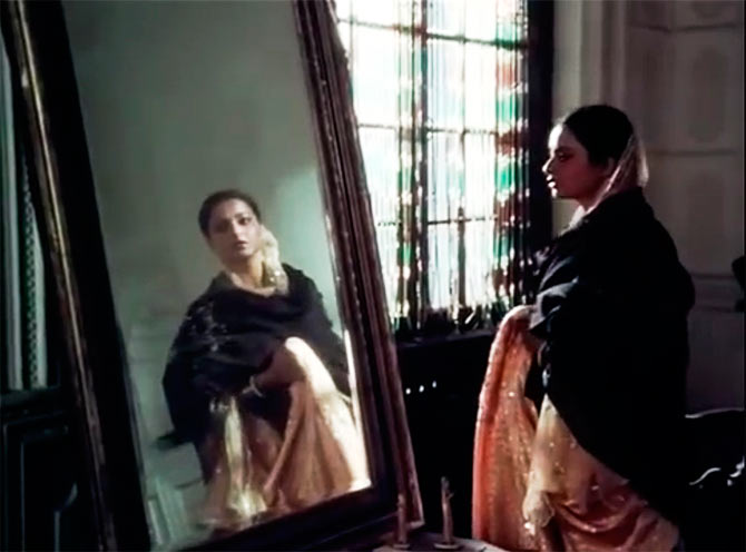 Image result for umrao jaan rekha mirror