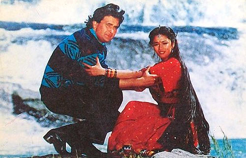 Rishi Kapoor and Madhuri Dixit