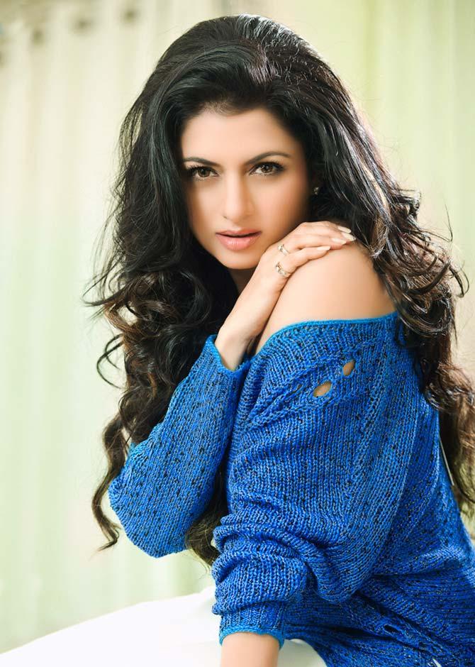 Bhagyashree: I have no regrets - Rediff.com movies
