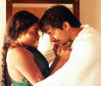 Madhoo and Arvind Swamy in Roja