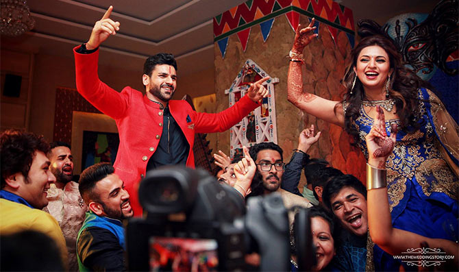 Groove to these best Bollywood songs that set a perfect tone at any wedding ceremonies.