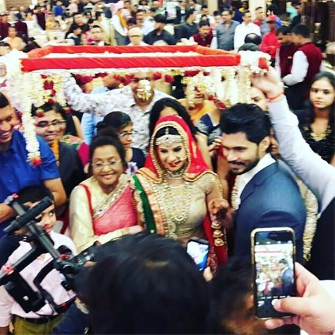 Sambhavna Seth wedding