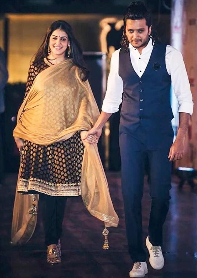 Genelia S Stylish Pregnant Pictures Rediff Com Movies