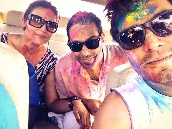 Randeep Hooda with his sister and brother-in-law