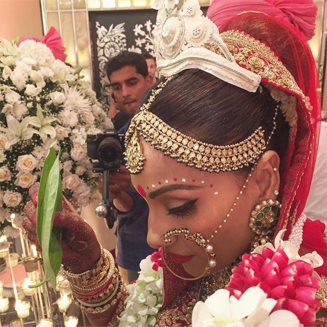 Gallery Favorite 2016 Real Wedding Portraits: PHOTOS: Inside Bipasha-Karan's Wedding!