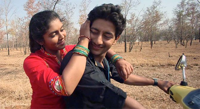 Rinku Rajguru and Akash Thosar play the much in love couple, Archana 'Archie' Patil and Prashant Kale in Sairat.