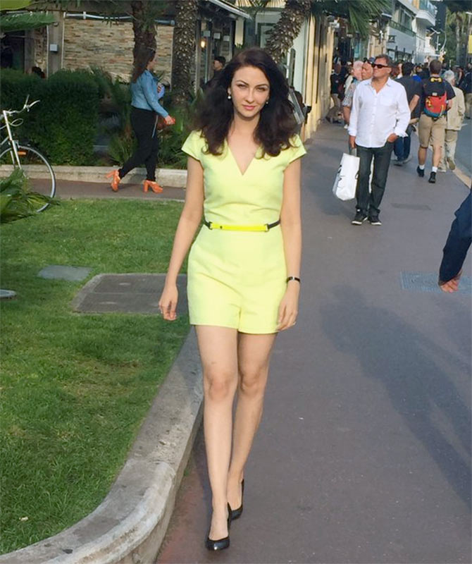 Pix Bhabiji Ghar Par Hai Actress Saumya Tandon In Cannes